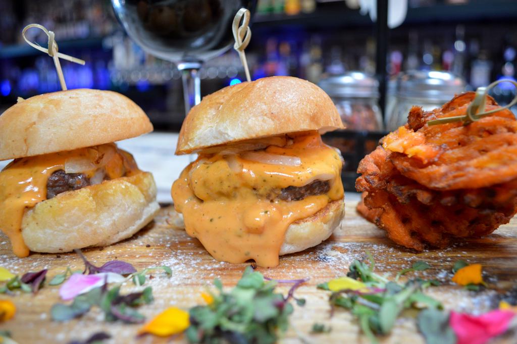 new-yorker-sd-good-eats-san-deigo-california-mike-puckett-gew-11-of-39
