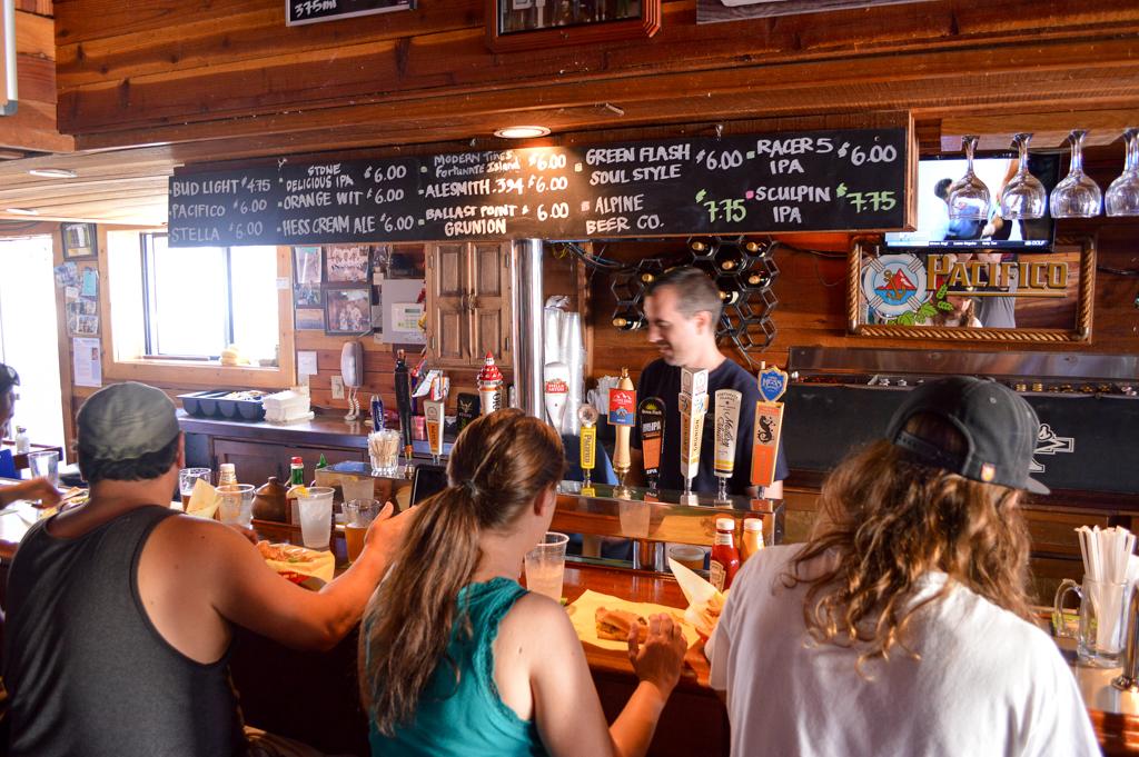 rockys-crown-pub-good-eats-san-diego-california-mike-puckett-gesdw-2-of-11