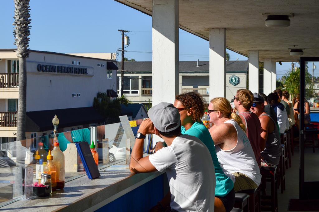 south-beach-bar-grille-good-eats-san-diego-california-mike-puckett-gesdw-1-of-21