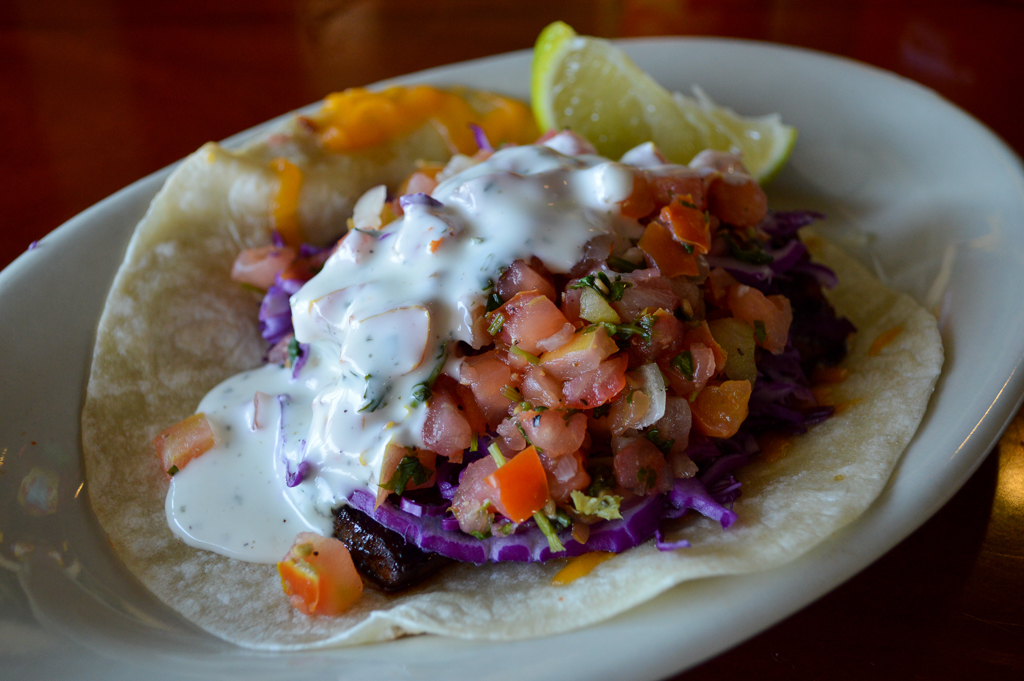 south-beach-bar-grille-good-eats-san-diego-california-mike-puckett-gesdw-18-of-21