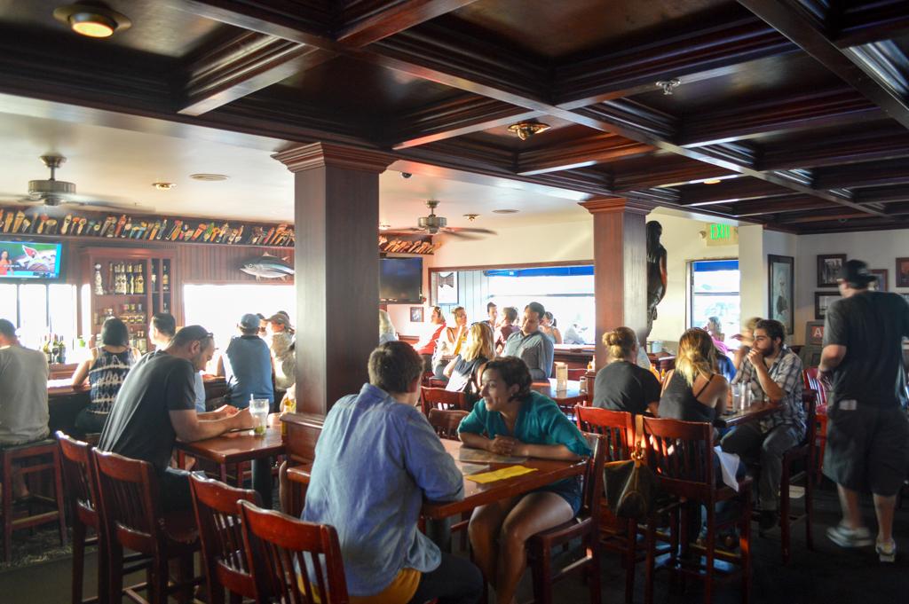 south-beach-bar-grille-good-eats-san-diego-california-mike-puckett-gesdw-6-of-21
