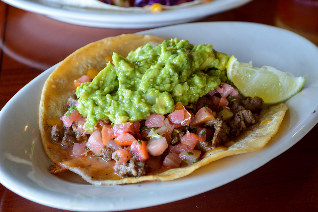 south-beach-bar-grille-good-eats-san-diego-california-mike-puckett-gesdw-7-of-21